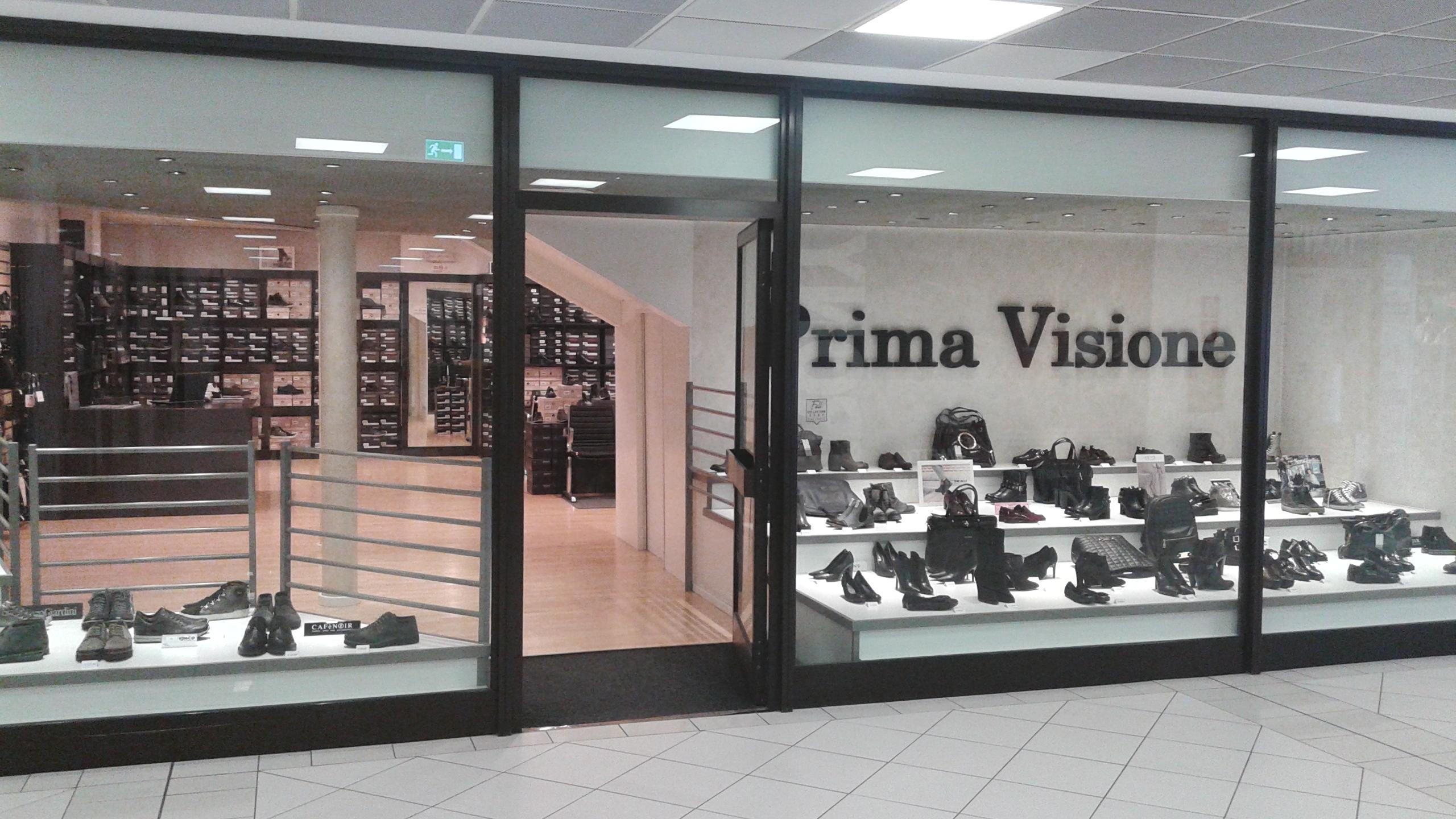 Calzature bren center trento for Orari negozi trento
